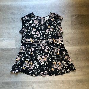 Motherhood Maternity Floral pattern blouse size L